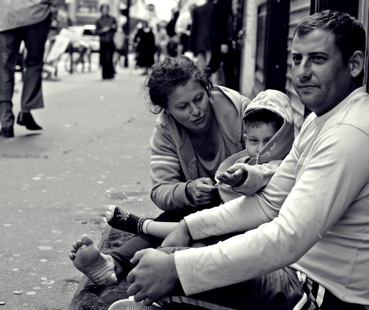 Αποτέλεσμα εικόνας για homeless family
